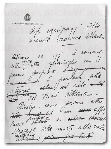 """Manoscritto autografo del discorso tenuto da Italo Balbo """"Agli equipaggi della seconda crociera atlantica"""" prima della partenza da Orbetello il 1 luglio 1933. (n°4 fogli manoscritti, 1/4)"""